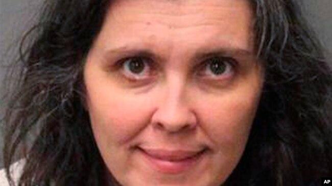 Louise Anna Turpin, esposa de David Allen Turpin, en la foto suministrada por el Sheriff del Condado de Riverside, California, el lunes, 15 de enero de 2018.