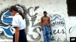 Las autoridades detectaron las violaciones en grupo por parte de pandilleros desde 1998, pero en un inicio no las mataban.