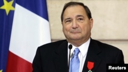 FILE - Abraham Foxman, national director of the Anti-Defamation League, a U.S. group that fights racism and anti-Semitism, delivers his speech after he was awarded with the medal of Knight in the Legion of Honor order by French President Jacques Chirac du