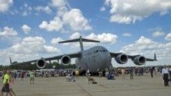 Un avion Hercules C-130