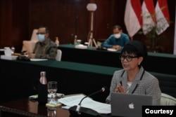 Menteri Luar Negeri Retno Marsudi dalam jumpa pers secara virtual, Rabu (30/9). (Foto: Kementerian Luar Negeri)