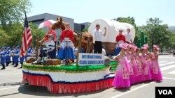 國慶日參加遊行的花車