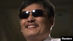 Blind Chinese activist Chen Guangcheng, who flew to the United States last week, said China's handling of the local officials who harassed and abused him and his family will determine whether the country can begin to achieve rule of law, May 24, 2012.