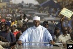 Abdoulaye Wade en campagne à Dakar, le 22 fév. 2012