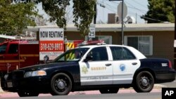 La policía de Los Ángeles debe leer correctamente los derechos Miranda en español, a una persona que solo entienda ese idioma, dictaminó una corte de ese estado.