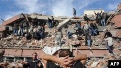 Snažan zemljotres u istočnoj Turskoj naneo veliku štetu i uzrokovao žrtve
