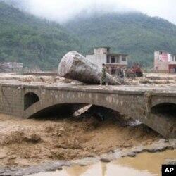 چین میں سیلاب سے 57 افراد ہلاک