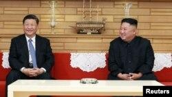 朝鲜领导人金正恩2019年6月21日在平壤会晤到访的中国国家主席习近平。(朝鲜朝中社发布)