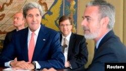 John Kerry e António Patriota