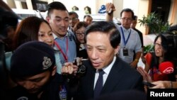 Đặc sứ Trung Quốc Zhang Yesui sau một cuộc họp với các quan chức chính phủ Malaysia về chuyến bay MH370 tại Kuala Lumpur.