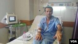 جعفر عظیم زاده به دلیل مشکلات ناشی از اعتصاب غذا چندین بار به بیمارستان منتقل شد