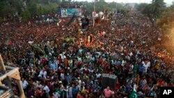 کراچی میں ایک انتخابی جلسہ۔ فائل فوٹو