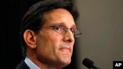 Ông Eric Cantor nói rằng ông sẽ từ chức lãnh đạo vào tháng tới.