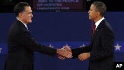 Tổng thống Obama và ứng cử viên tổng thống của đảng Cộng hòa Mitt Romney