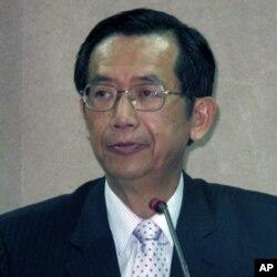 台湾外交部常务次长侯平福