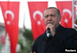 Recep Tayyip Erdogan, presidente de Turquía, habla durante una ceremonia en Estambul, el 21 de octubre de 2018.