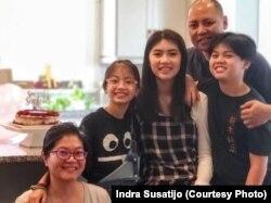 Indra Susatijo dan keluarga. (Foto: Indra Susatijo)