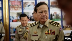 National Police Chief General Neth Savoeun of Cambodia attends the annual congress of Cambodia's National Police at the Interior Ministry, Phnom Penh, Cambodia, February 6, 2018. (Aun Chhengpor/VOA Khmer)