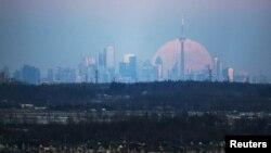 La ville de Toronto, vue de Milton, Ontario, Canada, le 23 janvier 2016. (REUTERS/Mark Blinch - RTX23Q9A)