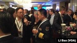 中国军方官员2017年6月2日出席香格里拉对话会 (美国之音黎堡摄)