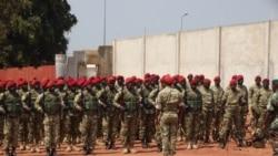 Generais eoficiais na reforma reunem com chefe da secreta angolana -1:38
