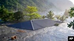 Según funcionarios del Programa Caribeño de Alertas de Tsunami, durante los pasados 500 años más de 75 tsunamis han azotado las costas del Caribe causando más de 3.000 muertes.