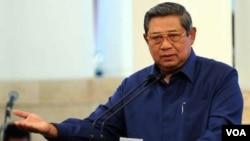 Presiden Susilo Bambang Yudhoyono dalam sidang kabinet paripurna Selasa (1/10). (VOA/Andylala Waluyo)