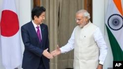 دونوں ملکوں کے وزرائے اعظم (فائل فوٹو)