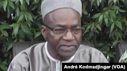 Saleh Kebzabo, chef de file de l'opposition tchadienne et député, le 21 juin 2017. (VOA/André Kodmadjingar)