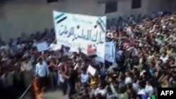 Pet mrtvih na sahrani u Siriji