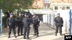 Protesta të serbëve ndaj shtimit të masave të sigurisë në veriun e Kosovës
