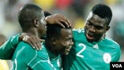 """FIFA mencabut sanksi atas tim """"Elang Super"""" Nigeria sehingga tim itu bisa bertanding dalam pertandingan kualifikasi Piala Afrika melawan Guinea hari Minggu (10/10)."""