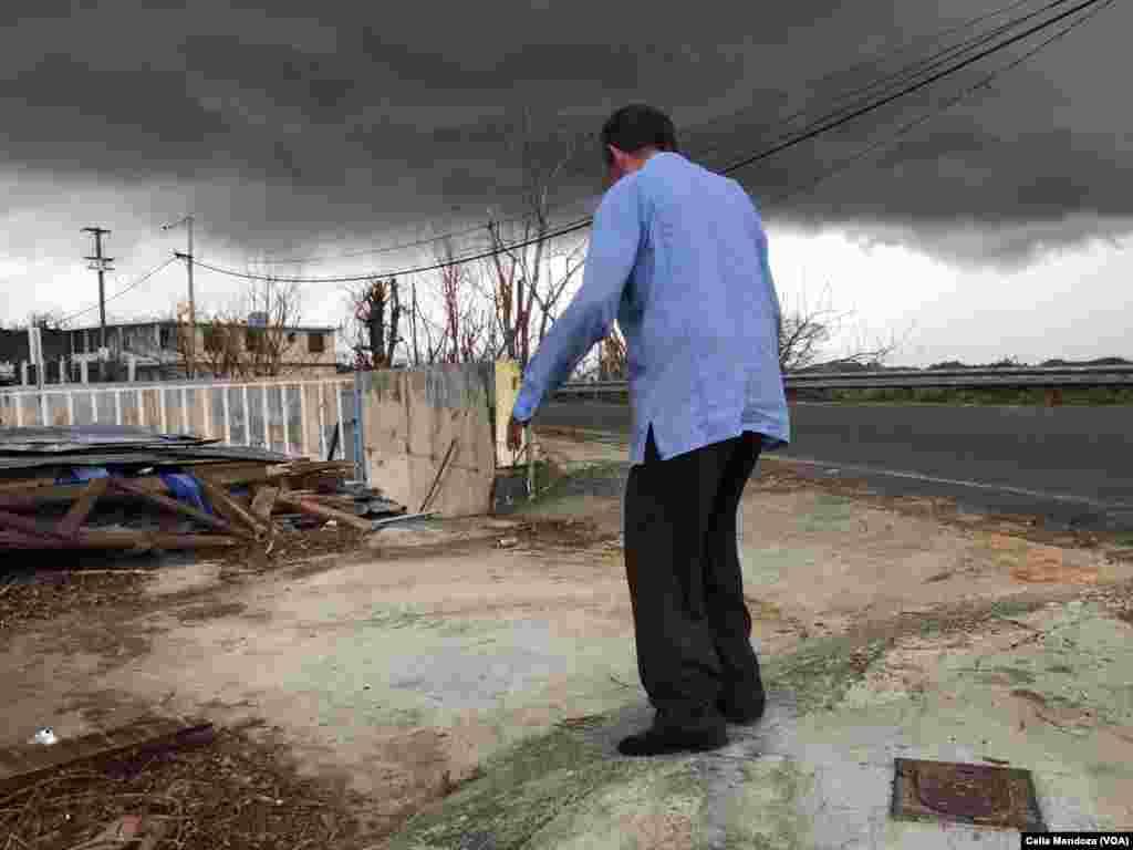 Habitantes de Puerto Rico tratan de volver a la normalidad tras el paso del huracán María.