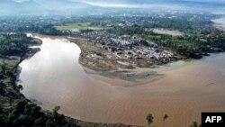 Điều hợp viên cứu trợ LHQ nói rằng khu vực bị lũ lụt tàn phá ở Philippines không khác gì một nơi trải qua một trận sóng thần.