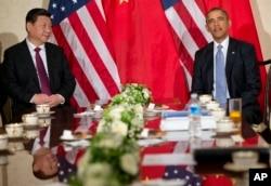 奥巴马总统和习近平主席在荷兰举行会谈(2014年3月24日)