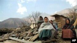 سلسلہ کوہ ہمالیہ میں خراب موسم کے باعث امدادی کارروائیاں متاثر