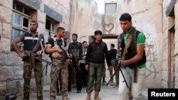 Pemerintah AS mungkin akan mempersenjatai tentara pemberontak Suriah setelah Iran dan Hizbullah Lebanon membantu pasukan pemerintah Suriah (foto: dok).