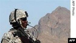 Binh sĩ Afghanistan và NATO đụng độ, 4 người chết
