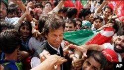 کراچی والوں کے لئے تحریک انصاف کی منفرد تشہیری مہم