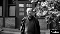 前中共改革派总书记赵紫阳1990年4月17日在北京富强胡同的住所。