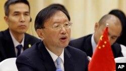 21일 미국 워싱턴에서 미국과 중국이 트럼프 정부 출범 후 첫 외교안보 대화를 가졌다. 사진은 중국 측 대표로 참석한 양제츠 외교담당 국무위원. (자료사진)