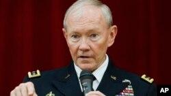 마틴 뎀프시 미국 합참의장이 지난 26일 일본 도쿄에서 강연하고 있다.