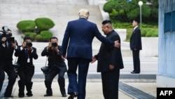 Lokaci da shugaba Trump ya shiga yankin arewacin Korea
