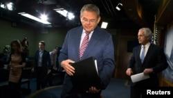 سناتور باب منندز، رییس پیشین کمیته روابط خارجی سنای آمریکا