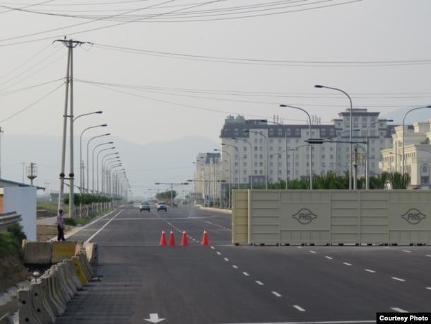 """""""Tiểu quốc"""" Formosa của Đại Hán – nơi vừa quyết liệt thể hiện tinh thần """"độc lập"""" khi ban hành luật lệ phạt tiền các phương tiện vượt đèn đỏ hay chạy quá tốc độ trong """"lãnh thổ"""" của mình"""