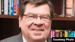 Larry Dietz, president of Illinois State University