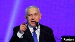 រូបឯកសារ៖ នាយករដ្ឋមន្រ្តីអ៊ីស្រាអែលលោក Benjamin Netanyahu ថ្លែងនៅទីស្នាក់ការគណបក្សរបស់លោក បន្ទាប់ពីមានការចេញលទ្ធផលនៃការស្ទង់មតិ នៅក្រុង Tel Aviv ប្រទេសអ៊ីស្រាអែល កាលពីថ្ងៃទី១៨ ខែកញ្ញា ឆ្នាំ២០១៩។