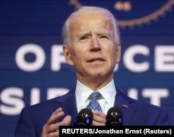 USA, Delaware, Wilmington, Marekani , Rais mteule Joe Biden na waandishi juu ya juhudi za kupambana na virusi vya corona
