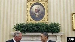 Президент Обама и принц Чарльз в Овальном кабинете Белого дома.