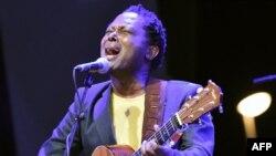 Alanga nzembo Lokua kanza na concert ya Femua music Festival na Abidjan, Côte d'Ivoire 22, Avril 2018